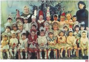 36. Новогодний утренник в детском саду. Средняя группа. 1986 г. Ленинград. Архив Д. Димке